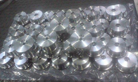 fabricacion-placas-cierre-latas-coca-cola